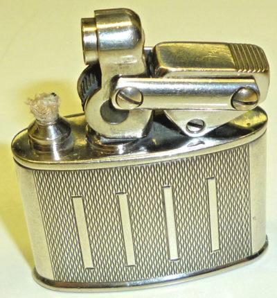 Зажигалки немецкой фирмы KW, выпускались с 1932-1935 годов.