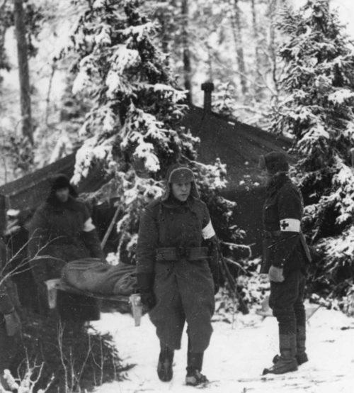 Финские санитары в госпитале. Декабрь. 1939 г.