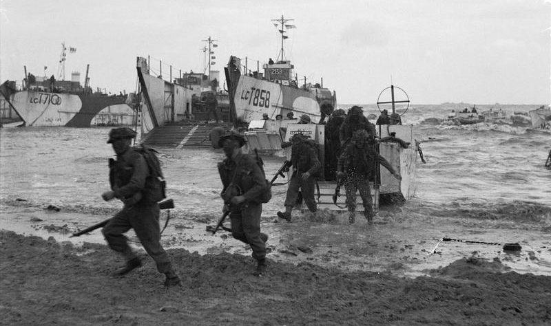 Высадка американцев на Золотом пляже. 6 июня 1944 г.