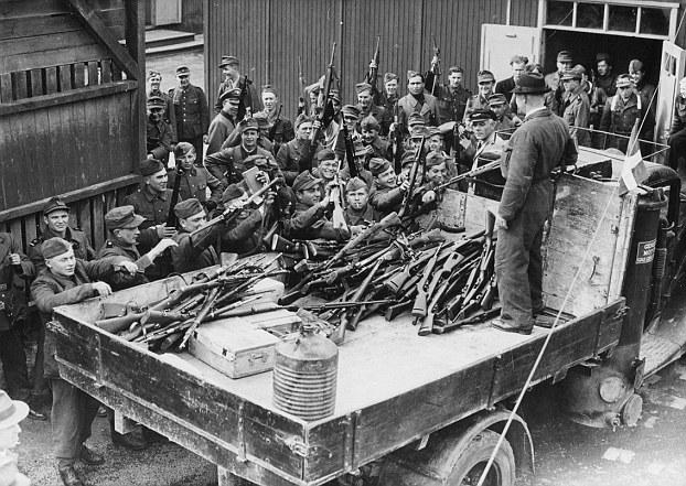 Разоружение датской армии. 1943 г.