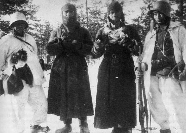 Советские военнопленные в районе Лементи. Декабрь 1939 г.