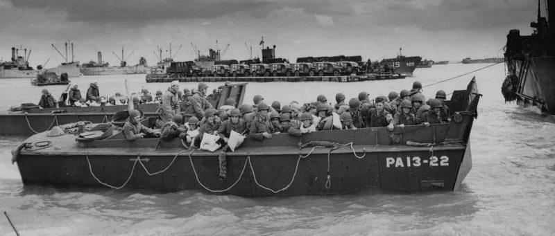 Американские войска на LCVP отправляются на Юта-Бич. 6 июня 1944 г.