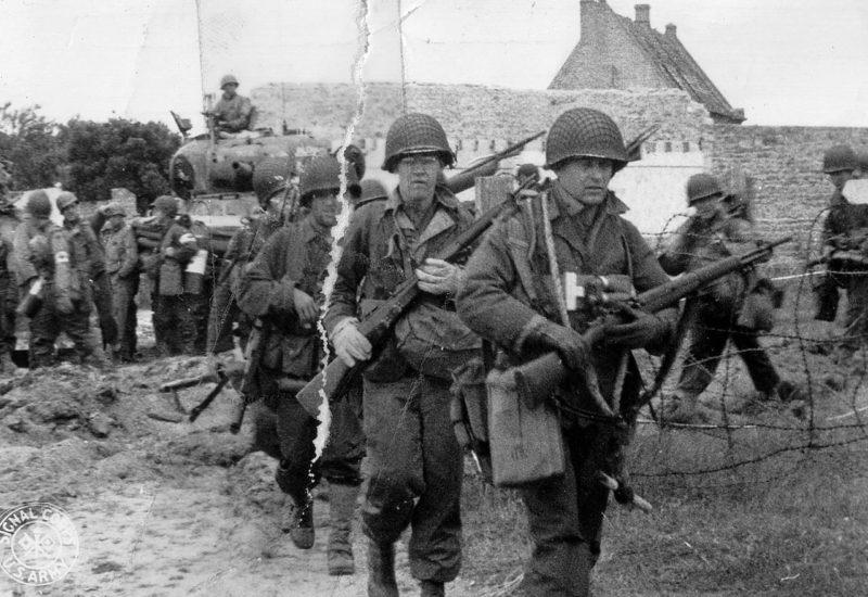 Подразделения 4-й дивизии в районе плацдарма «Юта». 6 июня 1944 г.