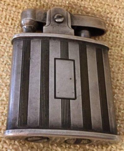 Зажигалка фирмы Ronson «Princess». Выпускалась с 1929 года.