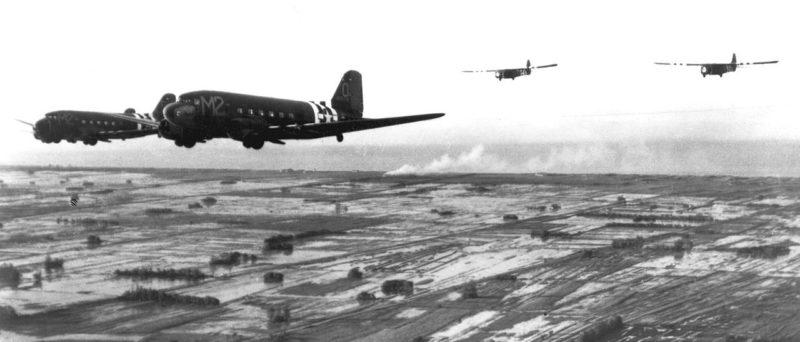Буксировка планеров на Нормандию. 6 июня 1944 г.