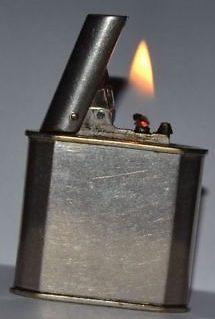 Зажигалка «Pilot Table lighter» немецкой фирмы A.P., выпускалась с 1935 года.