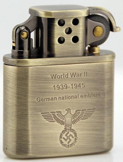 Зажигалки с символикой Третьего рейха.