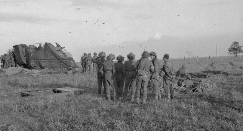 Приземление десантников 6-й воздушно-десантной бригады. Вечер 6 июня 1944 г.