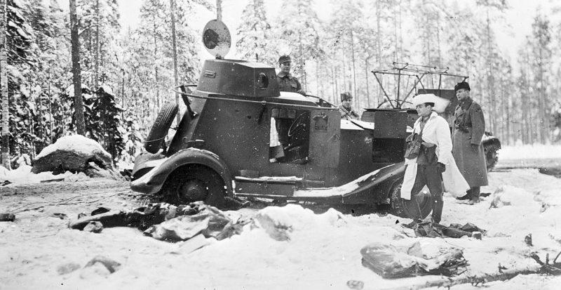 Захваченный финнами советский бронеавтомобиль. Январь 1940 г.