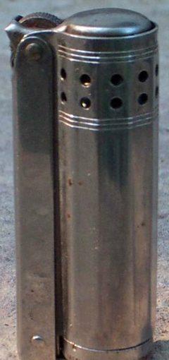 Зажигалка «Ideal» немецкого производства, выпускалась с 1930 года.
