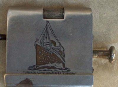 Зажигалка «obr.2» немецкой фирмы Kaschie, выпускалась в 1930-х годах.