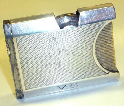 Зажигалка «К25» немецкой фирмы Kaschie, выпускалась с 1933 года.