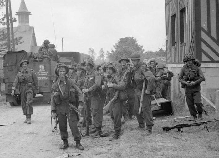 Британцы в Ла-Брече-д'Арманвилле. 6 июня 1944 г.