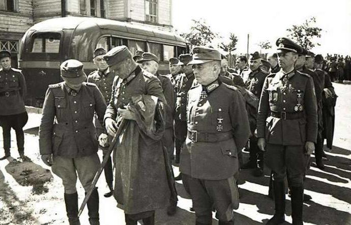 Капитуляция немецкого гарнизона острова Борнхольм советским войскам. 9 мая 1945 г.