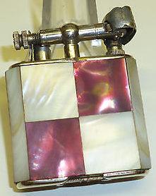 Зажигалки «Stambul» немецкой фирмы Müller & Grünstein, выпускались с 1928 года.