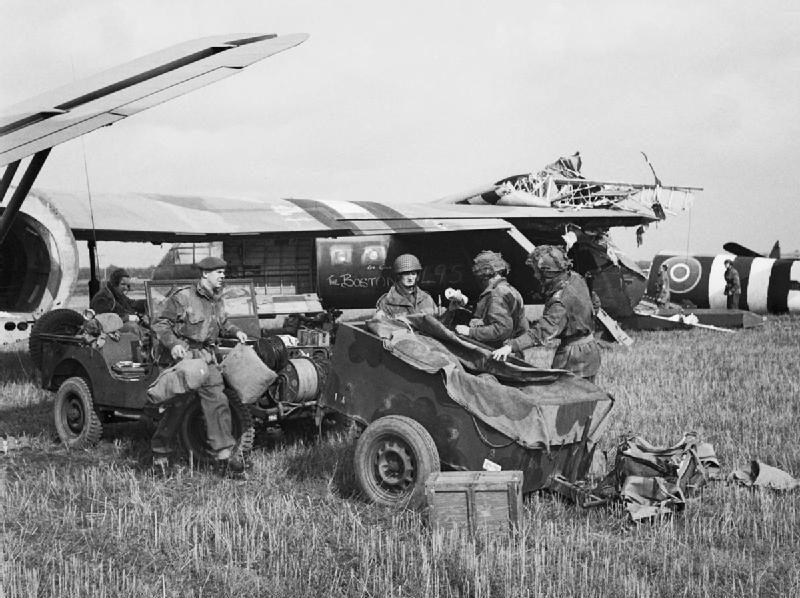 Неудачная посадка британских планеров. Сентябрь 1944 г.