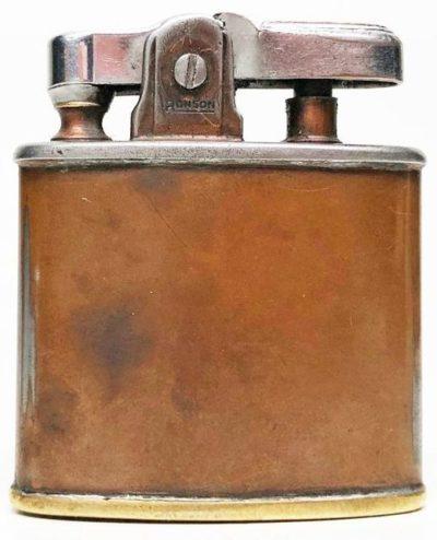 Зажигалка фирмы Ronson «Wartime Model» выпускалась с 1941 года.