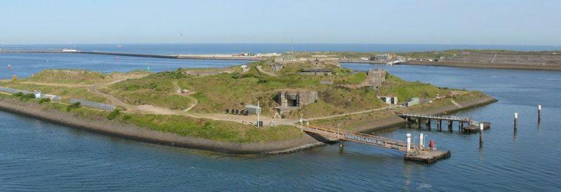 Форт IJmuiden с высоты.