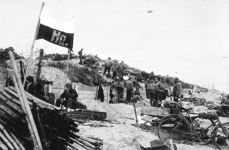 Американский командный пункт на пляже Юта-Бич. 6 июня 1944 г.