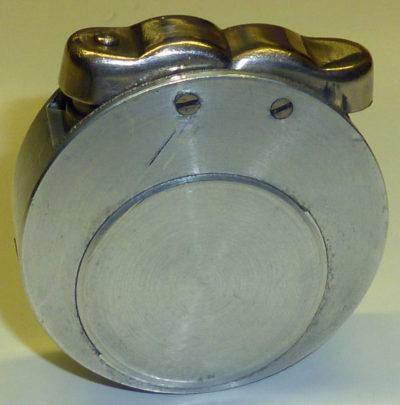 Зажигалки немецкой фирмы Müller & Grünstein. Выпускались с 1930-1935 годов.