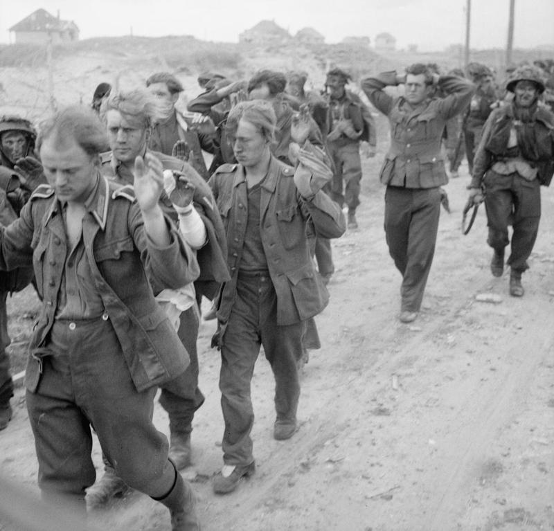 Первые немецкие пленные американцев. 6 июня 1944 г.