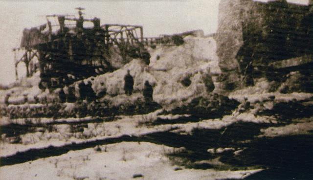 Разрушенный суперфосфатный завод в Виннице. Март 1944 г.