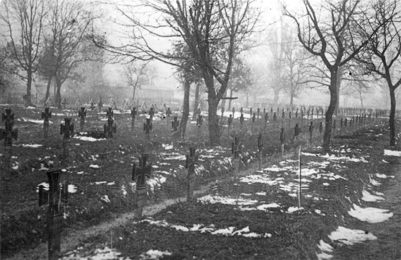 Немецкое кладбище в Виннице. Март 1944 г.