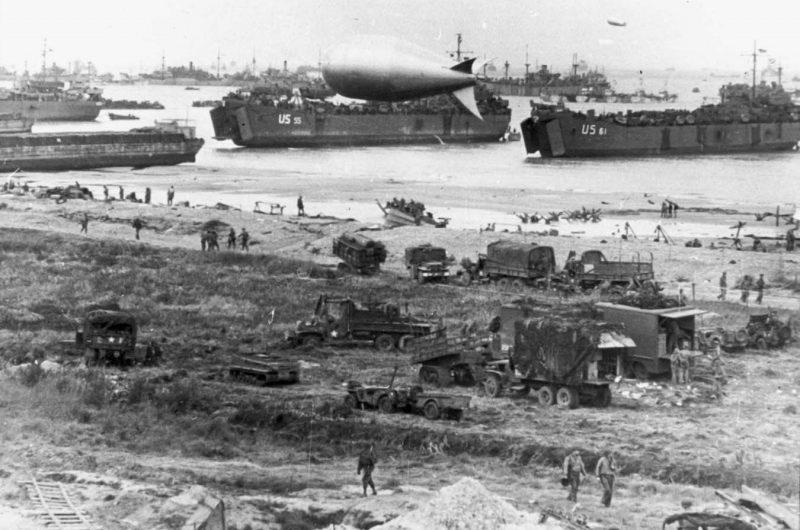 Вид на пляж «Омаха». 12 июня 1944 г.