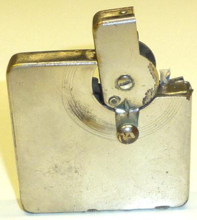 Зажигалки немецкой фирмы Kremer & Bayer, выпускались в 1930-1939 годах.