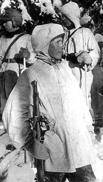 Финский снайпер Симо Хайя, убивший 542 красноармейца. Февраль 1940 г.