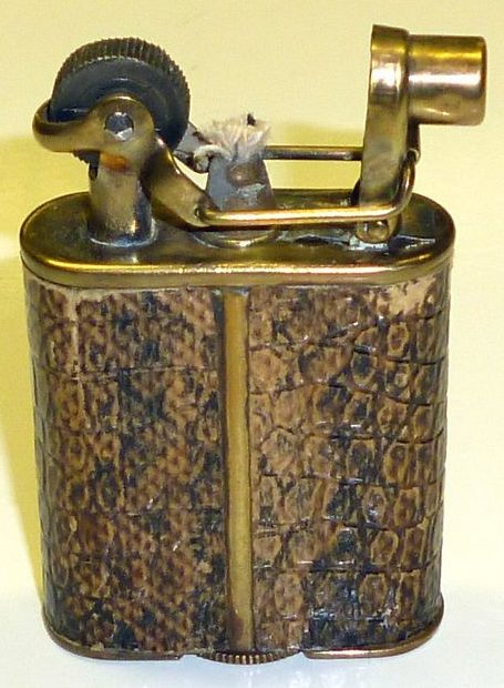 Зажигалки «Derby» немецкой фирмы Kellermann, выпускались с 1930 г.
