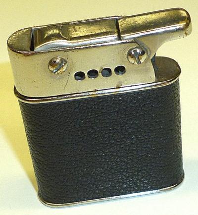 Зажигалки «Sarastro Polaris» немецкой фирмы B & S SILVER, выпускались с 1928 года.