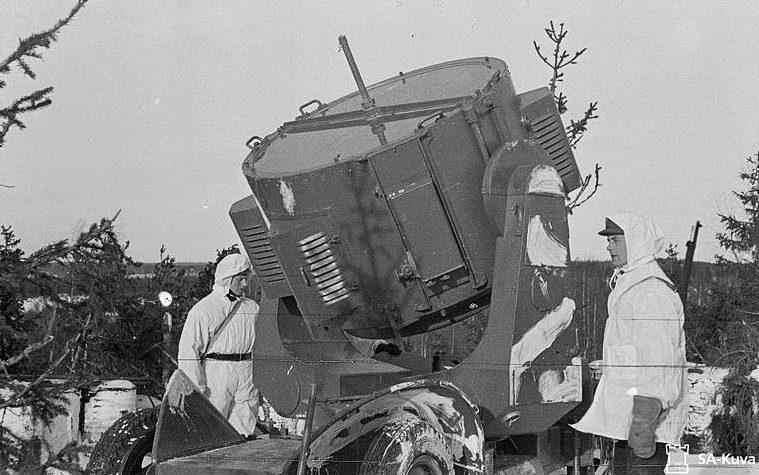 Зенитный прожектор на позиции. Февраль 1940 г.