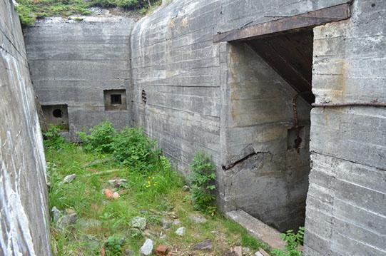 Один из бункеров батареи.