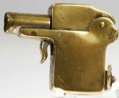 Зажигалка немецкой фирмы Kellermann, выпускалась в 1930-х годах.