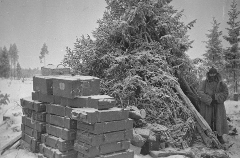 Трофейный склад финских боеприпасов. Февраль 1940 г.