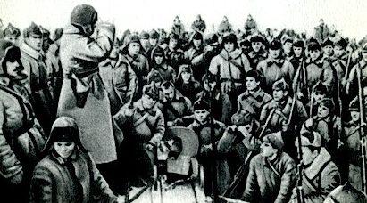 Митинг на фронте, посвящённый заключению советско-финляндского мирного договора. Март 1940 г.