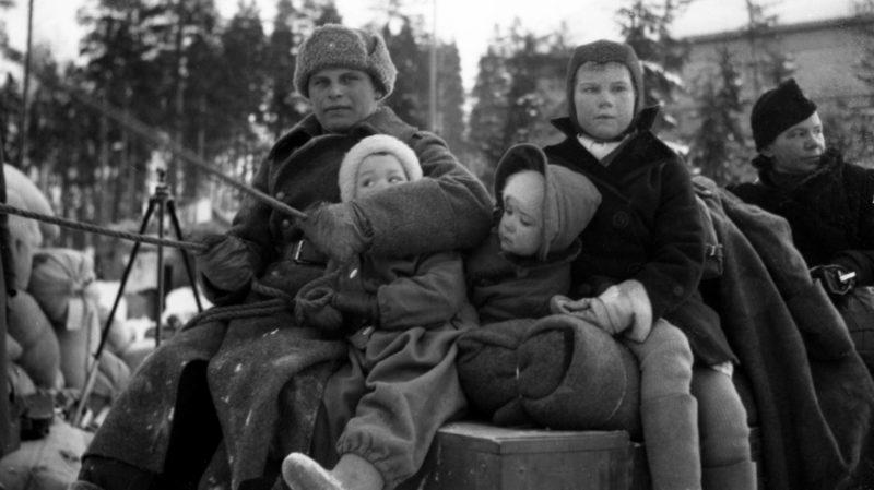 Эвакуация финнов после передачи части финской территории СССР. Март 1940 г.