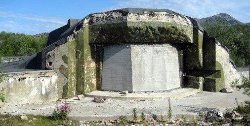 Каземат 150-мм орудия сегодня с заложенной амбразурой.