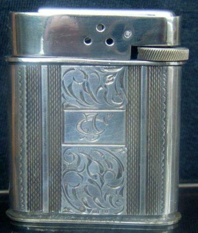 Зажигалка фирмы AN, выпускалась с 1935 года.