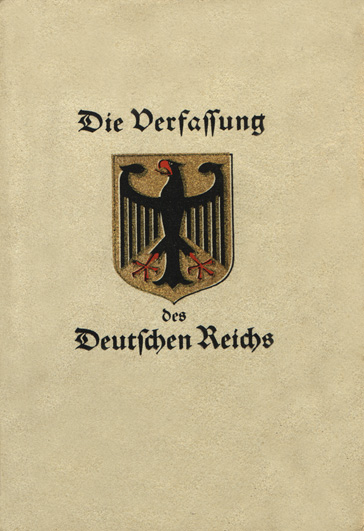 Титульный лист Веймарской конституции.