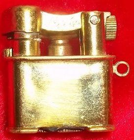 Зажигалки «Aladin». Выпускались в 1930-х годах.
