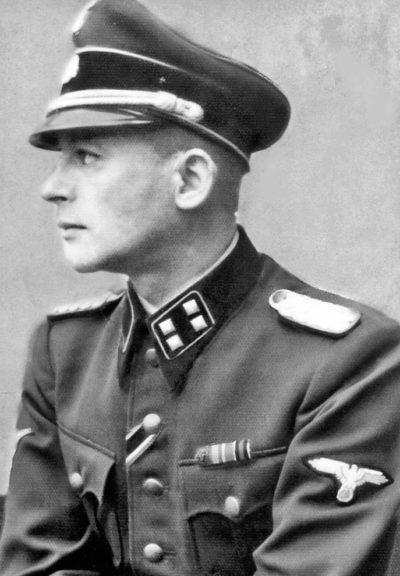 Бернгард Крюгер.