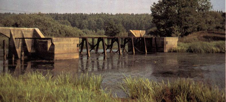 Польская плотина для затопления территории.