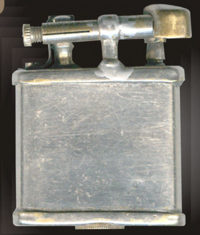 Зажигалки фирмы КВ, выпускались с 1933-го года.