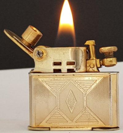 Зажигалки фирмы Abdulla, выпускались с 1933-го года.