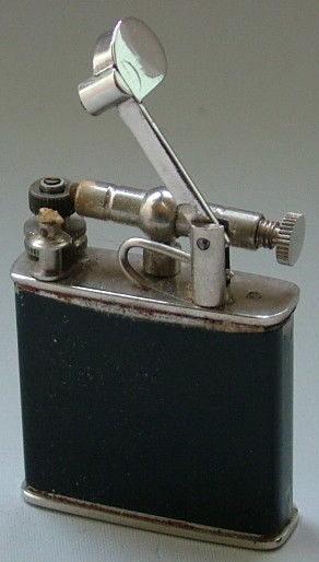 Зажигалки фирмы Beney, выпускались в 1930-х годах.