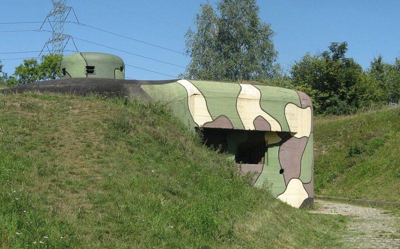 Артиллерийско-пулеметный ДОТ № 52 «Весола» в Добешовицах.