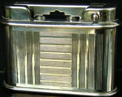 Зажигалка фирмы Abel Claverie, выпускалась в 1950-х годах.