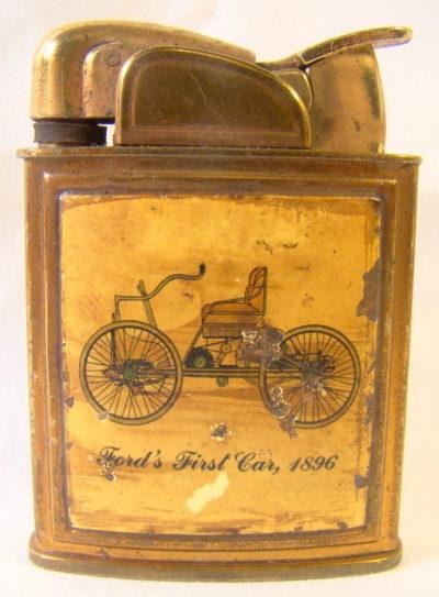 Зажигалки «lift arm» фирмы Evans выпускались с 1928-го года.
